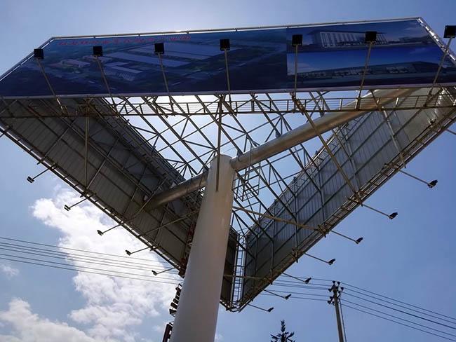 邗江单立柱广告牌安装公司--恒科钢构